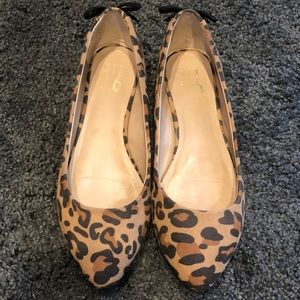 Leopard print ballet flats 6.5